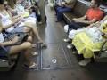 Остановки автобусов и троллейбусов в Киеве продолжат объявлять на английском