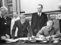 Опубликованы оригиналы пакта Молотова-Риббентропа