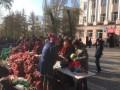 Мешки с овощами и пирожки. Как проходит голосование в Донецке