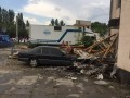 В Скадовске ураган разрушил дом и повредил машину