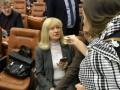 Депутата Оппоблока забросали гривнами за то, что