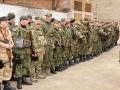 В зону АТО отправились десантники и милиционеры