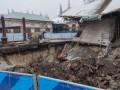 В Харькове дом провалился под землю