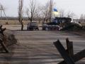На КПВВ сотни авто стоят в очередях на линии разграничения с Донбассом
