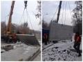 В Киеве снесли еще один забор на незаконной стройке