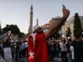 Турция будет прятать фрески в Святой Софии во время намаза