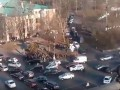 Опубликовано видео взрыва и драки в центре Киева