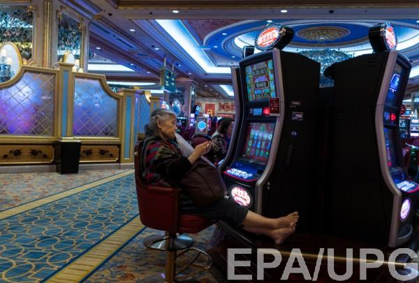 Пэддокvигрока в видео-покер с высоким рейтингом, которому в казино регулярно предоставляли бесплатно номера в отелях, еду и напитки