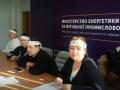 В Минэнергоугля шестые сутки голодают шахтеры - Волынец