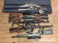 В Славянске женщина принесла в полицию мешок оружия
