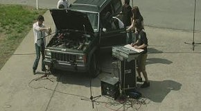 Техноджип: музыка из автомобиля