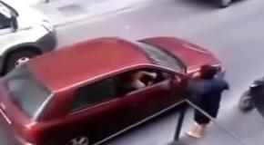 Девушки за рулем Осторожно разборки!