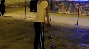 Танцы пьяной парочки