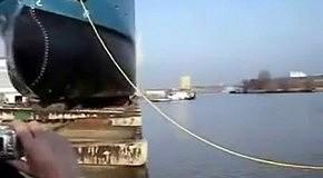 Как спускают на воду большие корабли