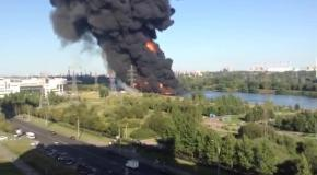 12.08.2015 Горит Москва-река