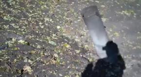 В Донецке в остановку попал снаряд: есть жертвы (18+)