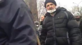 В Тернополе прошел колонной обезоруженный Беркут
