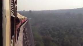Самый стремный железнодорожный мост в мире