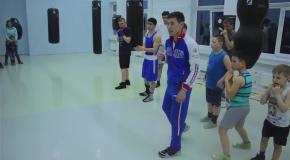 Открытая тренировка по боксу для детей и взрослых. Бой с тенью  отработка техники