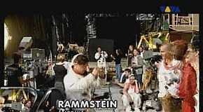 RAMMSTEIN - (We're All Living In) AMERIKA