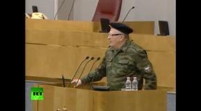 Жириновский выступил на заседании Госдумы в военной форме
