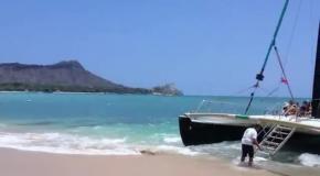 """Остров Оаху.  г  Гонолулу  пляж """"вайкики"""""""