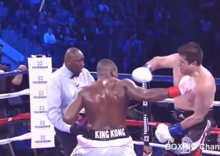 Победитель боя Кличко— Джошуа обязан провести бой сПулевым