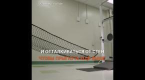Робот осваивает азы паркура