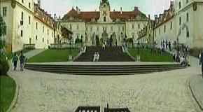 Красивейшие памятники мировой архитектуры 2 серия Леднице и Вальтице (Чехия)
