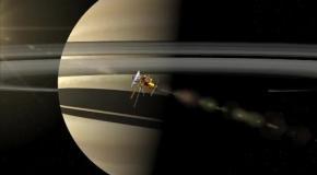 NASA сняло самый мощный ураган в Солнечной системе