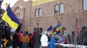 В Чикаго люди вышли на поддержку Еврормайдана
