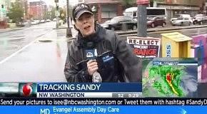 Человек-лошадь во время урагана Сэнди