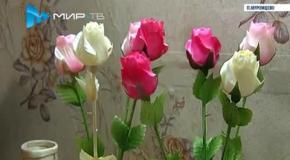 Розы из дерева