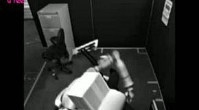 ники офиса     Осторожно обращайтесь со своими компьютерами