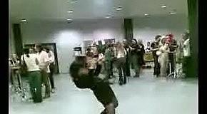Танец на корпоративе :)