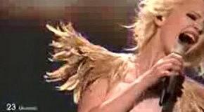 Выступление Мики Ньютон финал Евровидение 2011