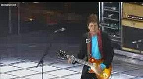Paul McCartney LET ME ROLL IT