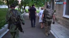 Последствия обстрела дома престарелых в Луганске (28.07)