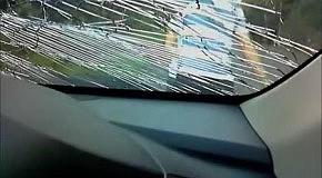 Столкновение автомобиля и женщины на мопеде
