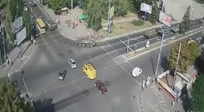 Мариуполь, 4 сентября: едет большая колона украинских БТРов