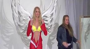 Модели Victoria's Secret примеряют наряды к Fashion Show 2011