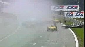 Массовая авария во время гонки F1