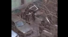 ВВшники издеваются над пойманным активистом Евромайдана