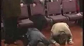 Пастор посльства божьего жжот (смотрите до конца)