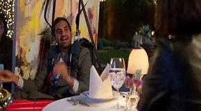 Прыжок с парашютом на байдарке в исполнении Aziz Ansari