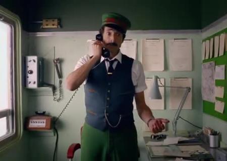 Эдриан Броуди стал кондуктором в кинофильме Уэса Андерсона для H&M