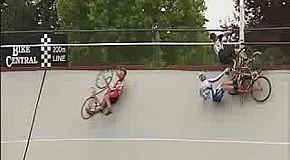 Падение на велогонках