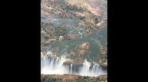 Водопад Виктория в Южной Африке с высоты птичьего полета