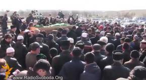 В Симферополе похоронили зверски убитого татарина Решата Аметова