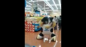Круто танцующая корова